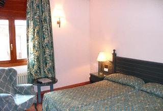 Hotel Sant Jordi thumb-3