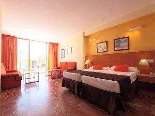 Hotel magic aqua monika holidays benidorm viajes - Apartamentos magic monika holidays ...