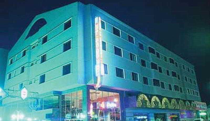 Hotel Luna Arabial