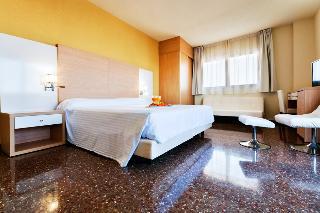 Hotel Fontana Plaza thumb-2