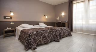Hotel Calçotada Hotel Urbis Centre + Cata De Vinos