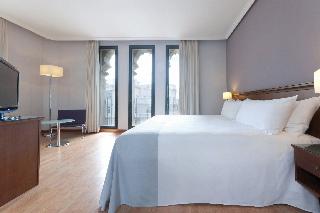 Hotel tryp cibeles en madrid desde 72 rumbo for Tryp habitacion familiar