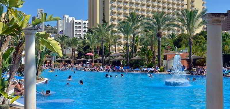 Precios y ofertas de hotel sol pelicanos ocas en benidorm for Hoteles familiares en benidorm