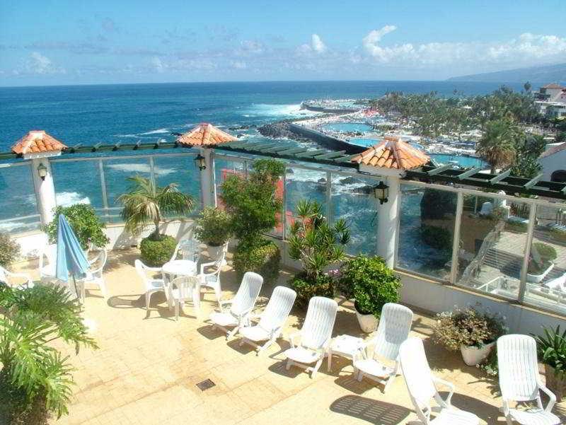 San telmo tenerife spain easyjet holidays - Airport transfers tenerife south to puerto de la cruz ...