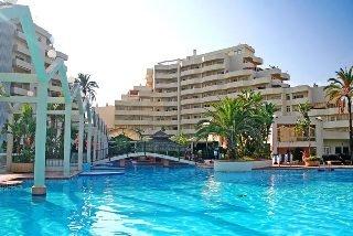 Club la Costa Benal Beach