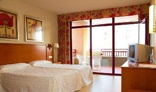 La oferta incluye: estancia en habitación doble estándar en régimen de alojamiento y desayuno. Estan