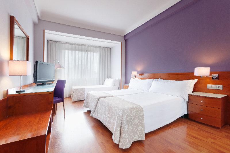 Precios y ofertas de hotel tryp madrid centro en madrid for Hoteles de superlujo en espana