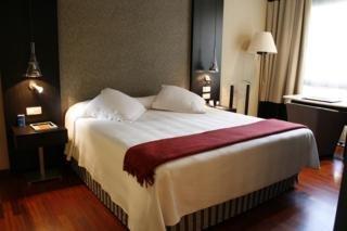 Hotel nh podium en barcelona desde 75 rumbo - Hotel nh podium ...