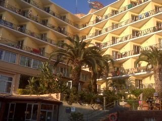 Alba seleqtta for Hoteles en lloret de mar con piscina climatizada