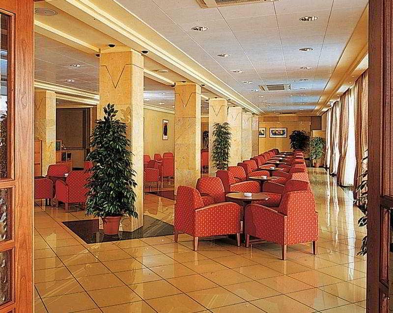 Dormir en Hotel Helios en Lloret De Mar