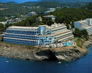 4 star hotels in santa ponsa easyjet holidays for Bistro del jardin mallorca