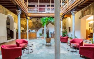 Hotel Palacio de Santa In�s