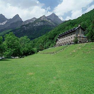 hoteles en bielsa pirineo aragones