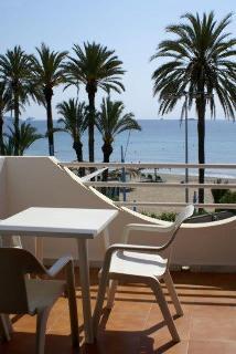 Bora Bora Apartamentos - hoteles en Ibiza/ Playa d'en Bossa
