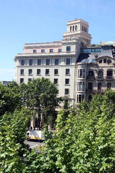 Barcelona atiram hotels for Alojamiento en barcelona espana