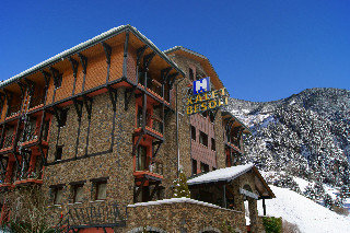 Xalet Besoli Atiram Hotel