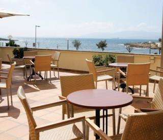 http://www.hotelbeds.com/giata/00/003823/003823a_hb_t_008.jpg