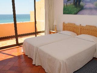 Apartamentos Dom Pedro Meia Praia