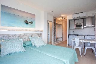 Apartamentos Playa Bella