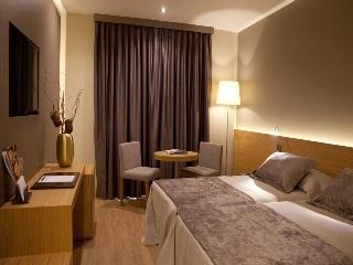 http://www.hotelbeds.com/giata/00/004478/004478a_hb_w_018.jpg