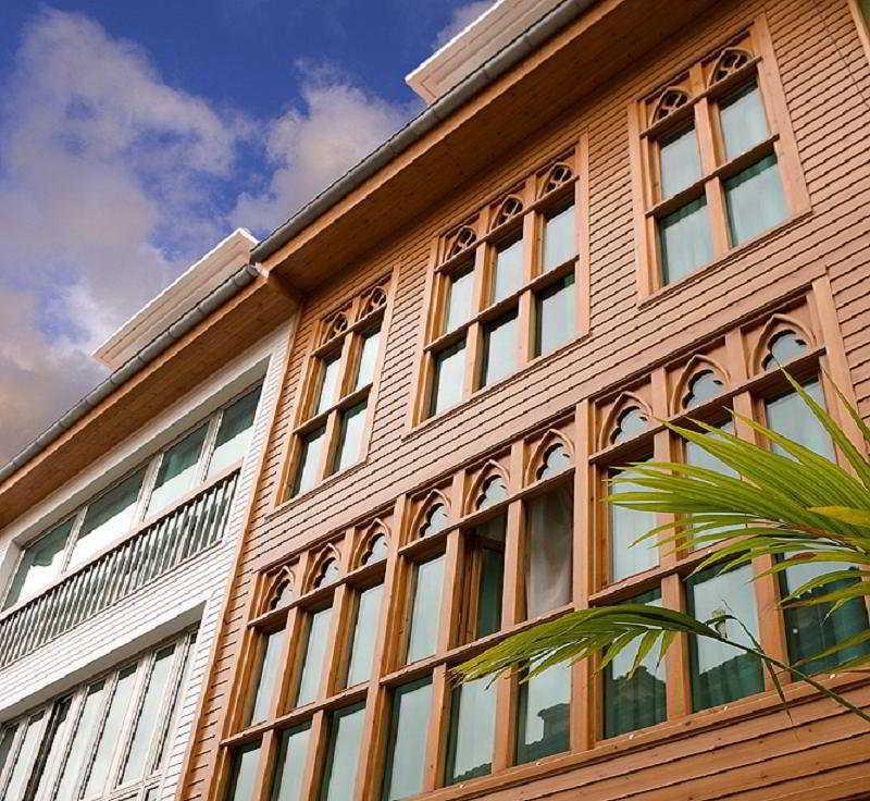 hotel La Plaza II en la población de Luanco