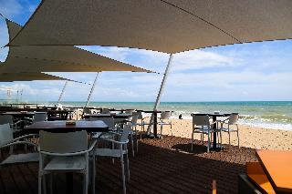 Faro & Beach Club