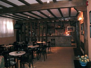 Hotel Cuevas I y II