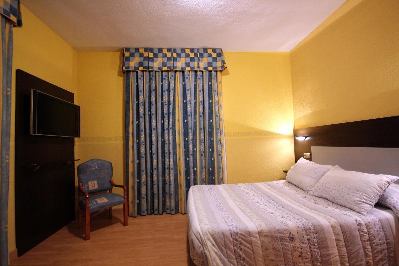 Hotel Fenix 1