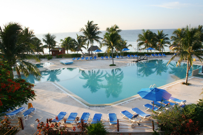 Hotel Akumal Beach Resort