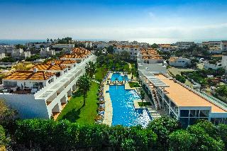 Dit hotel bevindt zich op minder dan 1 km van de oude stad van albufeira en het strand van praia dos ...
