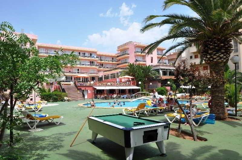 Playamar Apartments