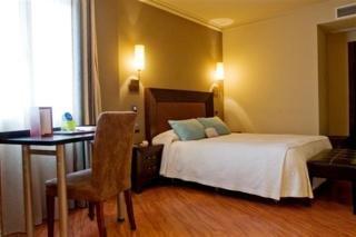 Del Val - hoteles en Resto de Provincia