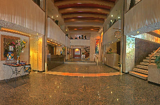 http://www.hotelbeds.com/giata/00/005603/005603a_hb_a_011.jpg