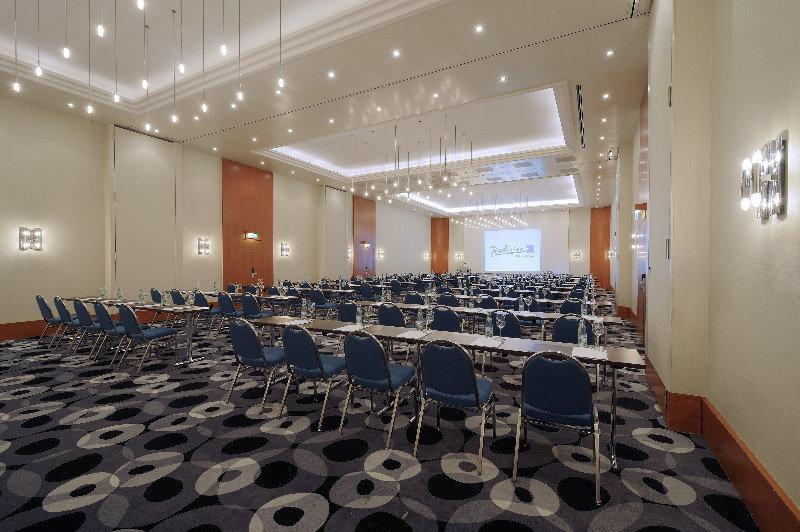 Radisson Blu Hotel - Basel