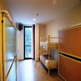 Alojamientos en masella for Habitacion cuadruple barcelona