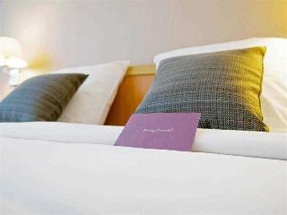 http://www.hotelbeds.com/giata/00/007213/007213a_hb_a_001.jpg