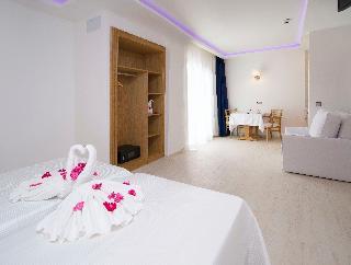 Hotel My Way Luxury Ibiza Studios
