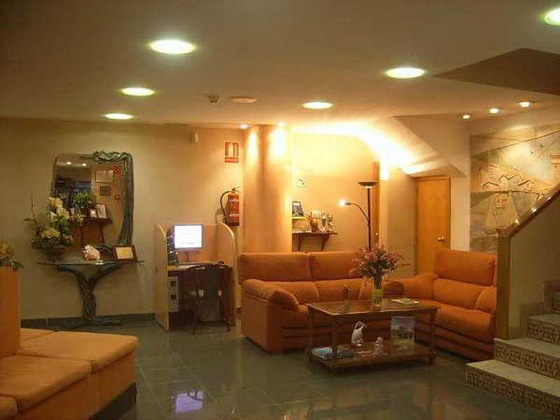 Jorge I - Hoteles en Campello