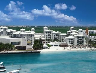 Barcelo Costa Cancún All Inclusive