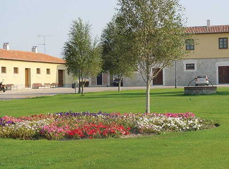 http://www.hotelbeds.com/giata/00/008115/008115a_hb_a_004.jpg