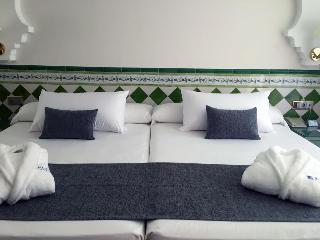 Hotel Playa Calida thumb-2