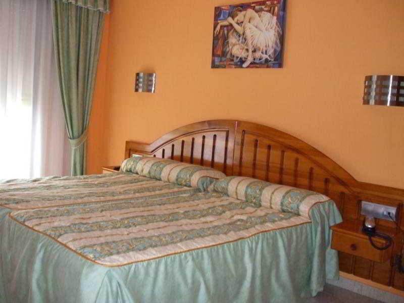 Hotel Arillo thumb-2