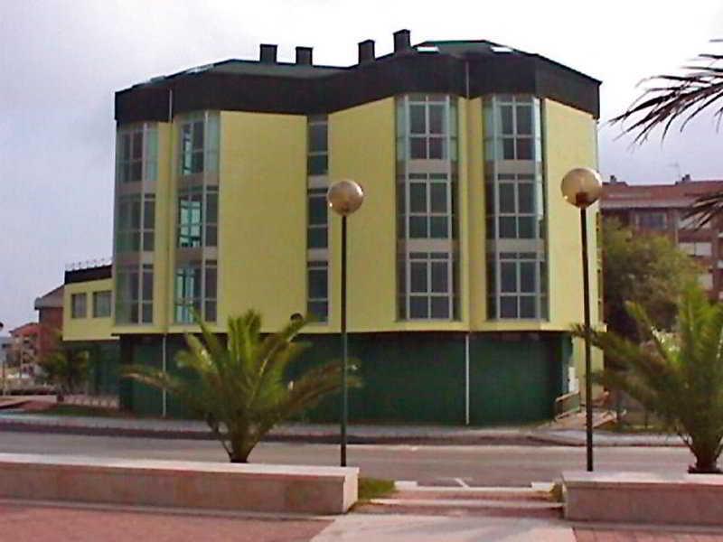 Hotel La Concha De Suances