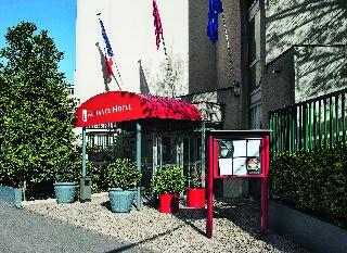 Hotel Holiday Inn Garden Court Porte De Saint Ouen