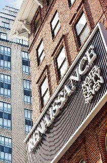 Renaissance Hotel New York 57