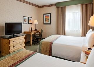 聖達菲萬怡酒店