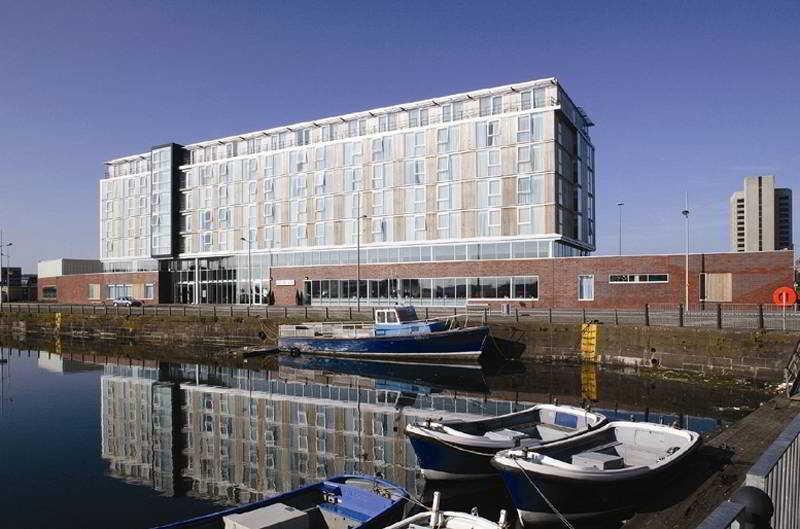Hotel Apex City Quay & Spa