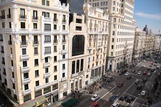 http://www.hotelbeds.com/giata/01/014979/014979a_hb_a_001.jpg