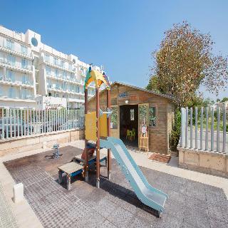 Mar Hotels Playa De Muro Suites Magic Stars Vacations