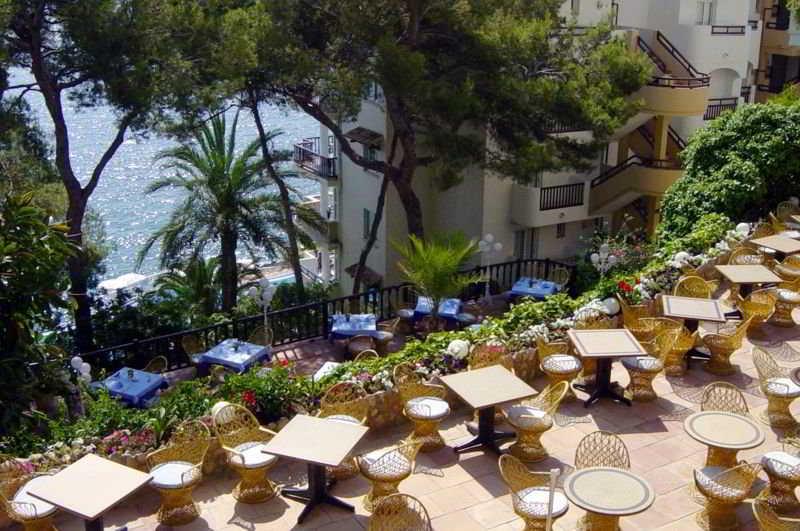 Roc Illetas Playa Bouganvilla